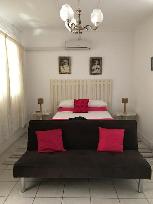 Self catering with double bed photo 2