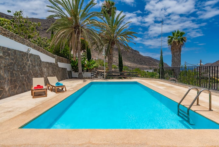 Holiday house with shared pool in Mogán ( GC0282)
