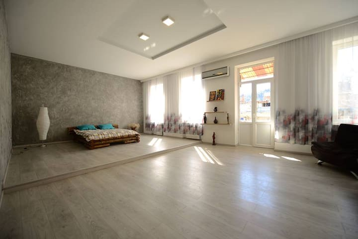 Lady Magda Appartment - Tbilisi - Flat
