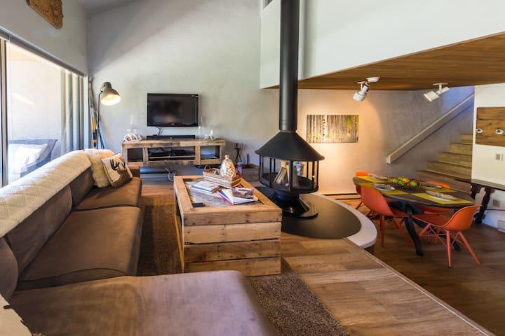 Renovated Rustic Modern Retreat