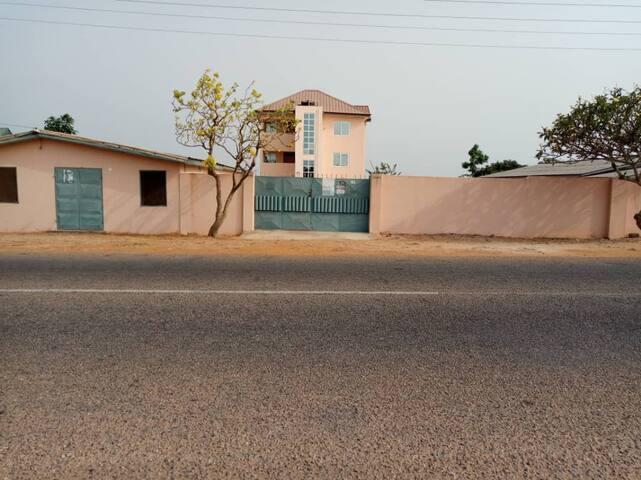 Awo's Villa