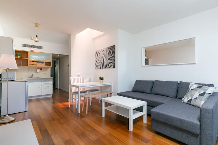 'Marina Village' - Beautiful NEW 1BR with Balcony!