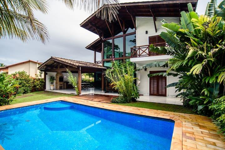Menezes's house Toque Toque Pequeno
