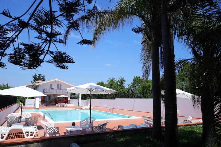 Villa Rossitto con piscina - Appartamento P.T. 5+1