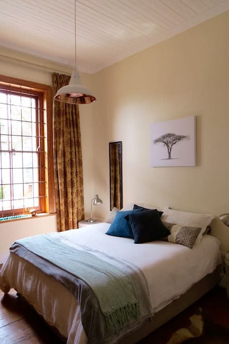 The Acacia Room