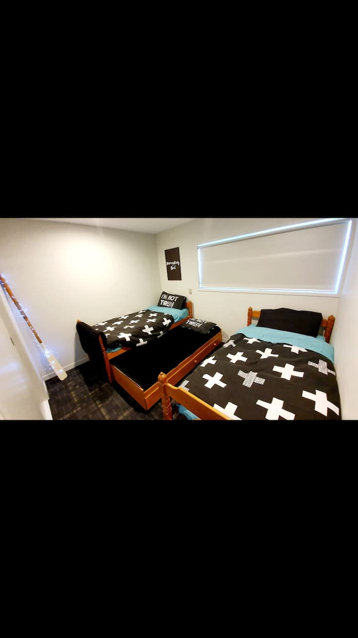 A3 - YouR CozY RooM @ Tauranga CBD