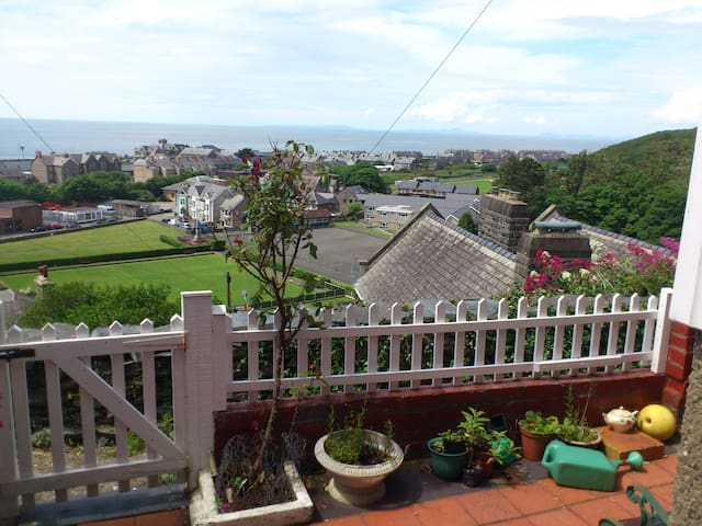 Entire home- cottage in Barmouth - Barmouth - Casa