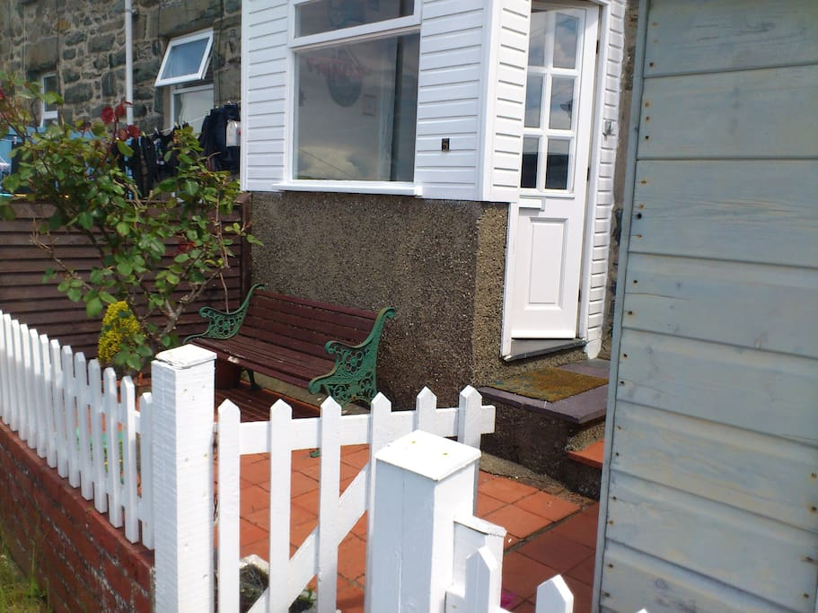 Entire home- cottage in Barmouth