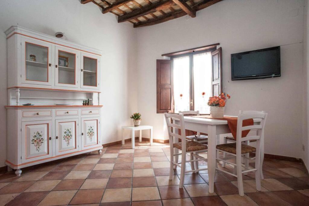 Appartamento principessa jolanda appartamenti in affitto for Appartamenti arredati in affitto a trapani