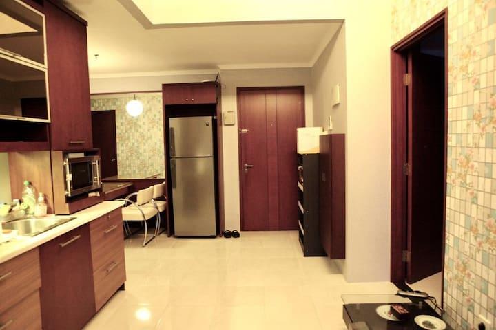 4BR Apartment semi-penthouse in Sudirman park JKT