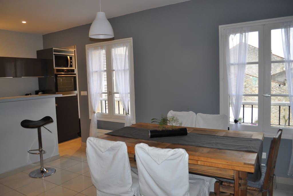 Bordeaux chartrons t3 60m2 neuf appartements louer for Appartement bordeaux chartrons