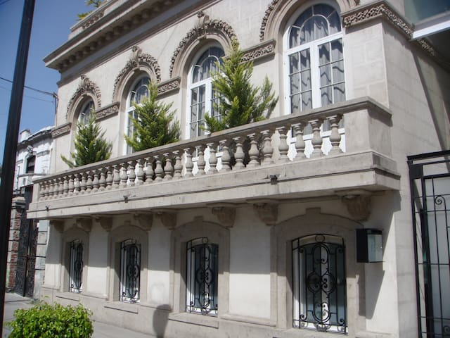 NEW! HISTORIC BUILDING -BEST STREET - Ciudad de México - Appartement