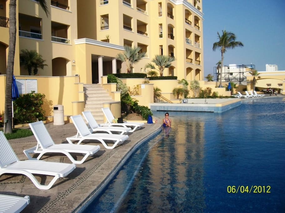 Relax with a book or invite some friends to share cocktails under one of the Ramada patios