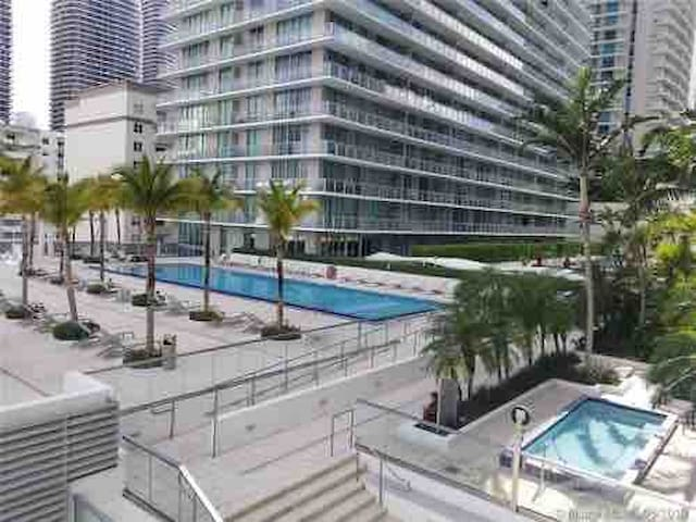 Amazing Condo in the Heart of Miami!