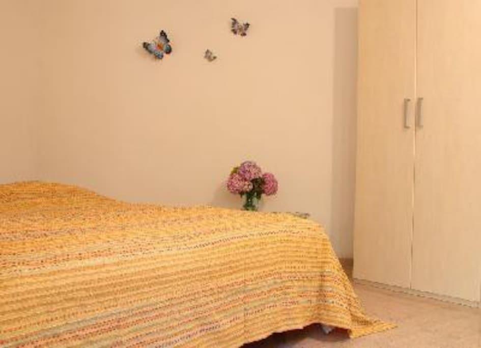 Bed - Schlafecke - Zona letto