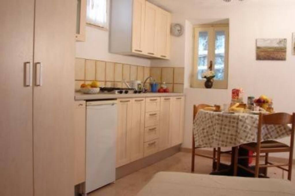Kitchenette - Kuechenzeile - Angolo cottura
