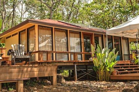 Isla Parida Panama Paradise Retreat