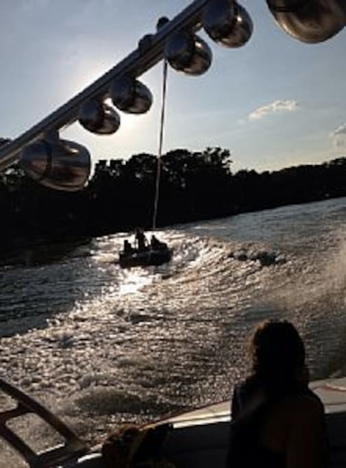 Great lake for boating, tubing, water sports