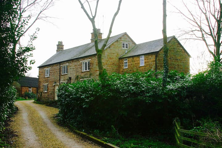 Silverstone Bed and Breakfast - Northamptonshire - Penzion (B&B)