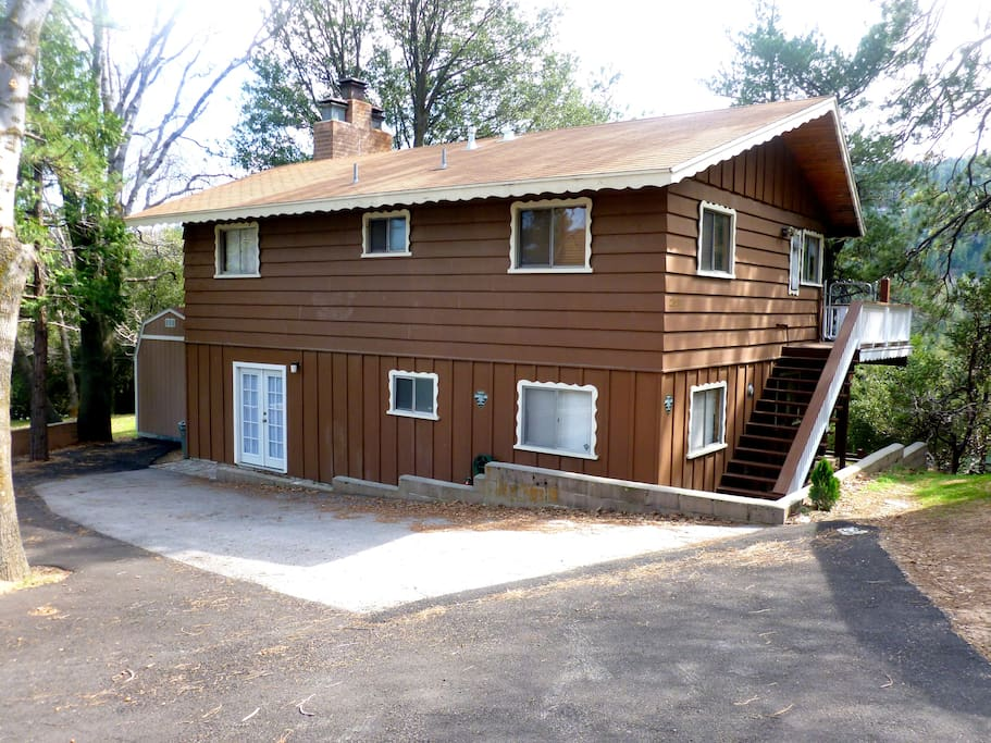 Pinecone Lodge is situated on an easement with private parking for up to 4 cars.