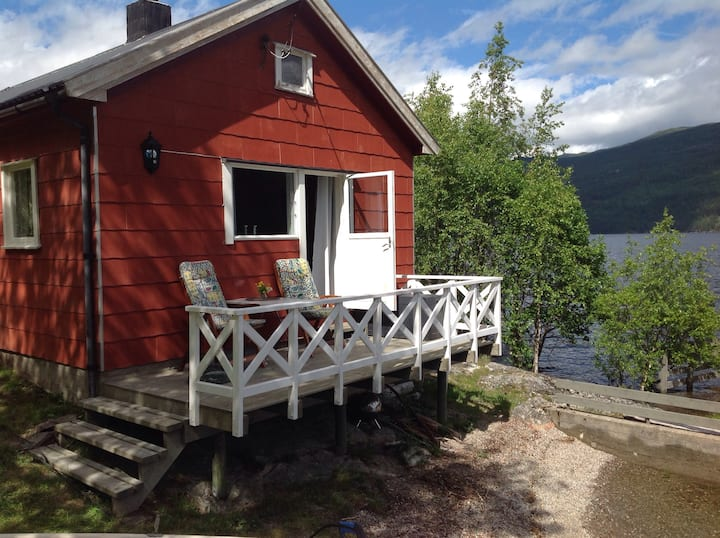 Idyllisk plass på Gøynes ved Tinnsjøen