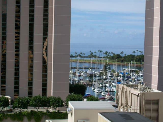 Ocean View Waikiki Marina w/prkg