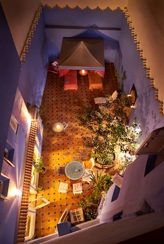 Aladdin: A fairy-tale house