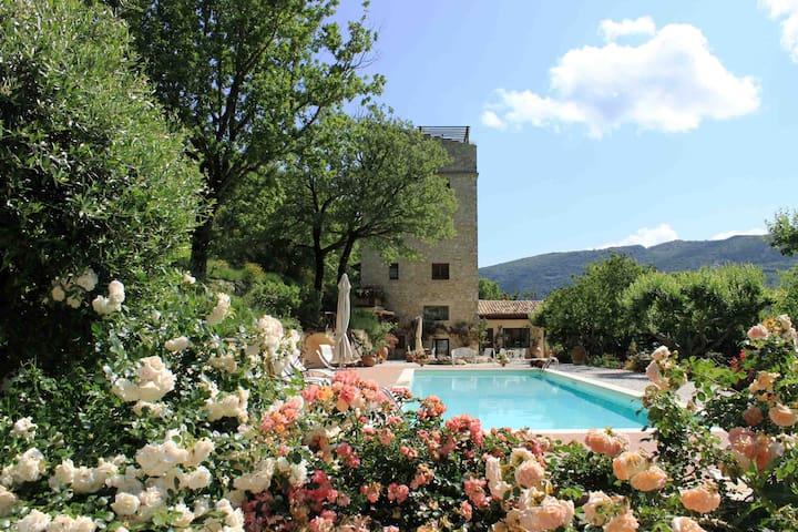 Wonderful medieval tower in Umbria - Spoleto - Villa
