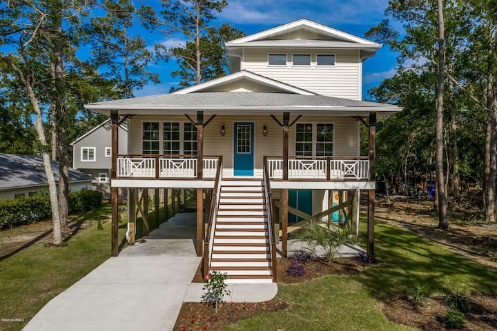 Prime Location - NEW house by Middleton Park
