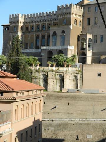 Penthouse Santamaura Sistine Chapel