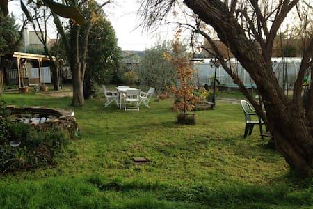 Maison avec piscine 7km centre Ales - Mons - Rumah