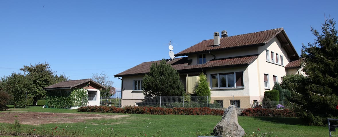 NBlaise Guestrooms Montbrelloz Single room - Vernay - Bed & Breakfast