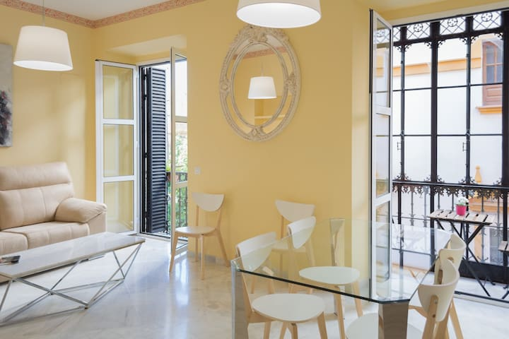 Superb apartment in downtown Seville NEW!