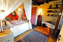 the honeymoon room