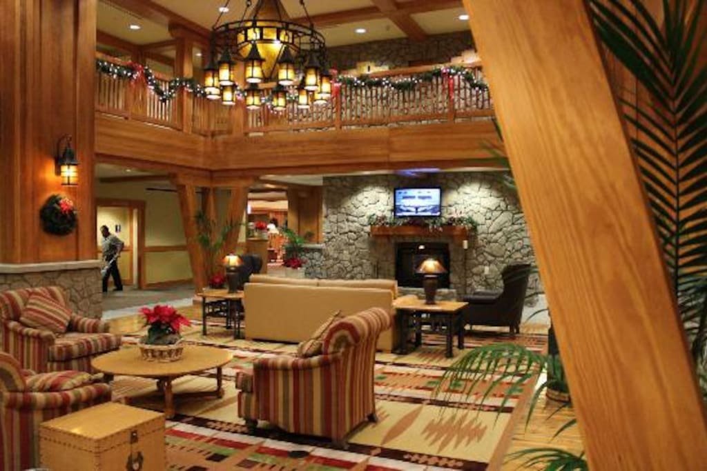 A view of a portion of the main lobby~It's spacious and let the concierge plan something great