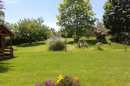 Beautiful Villa near Bracciano Lake (Trevignano) - Villa