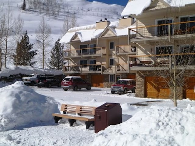 Last Cheap Ski Condo-Free Park, Ski & Bike Storage - Mount Crested Butte