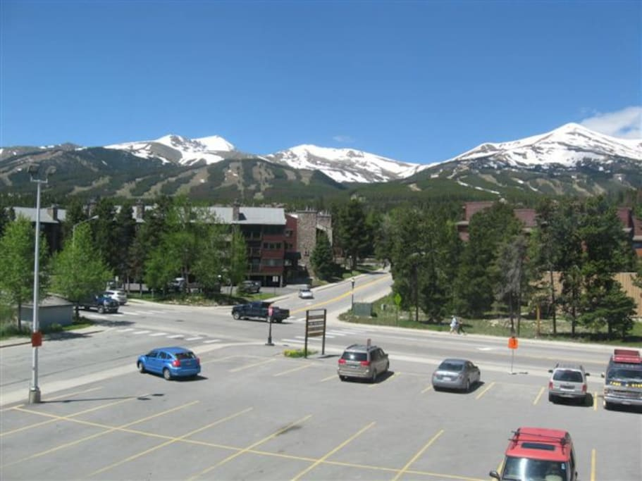 More views! You are located in downtown Breckenridge, walking distance to everything you need. Ski-in from Four O'Clock Run