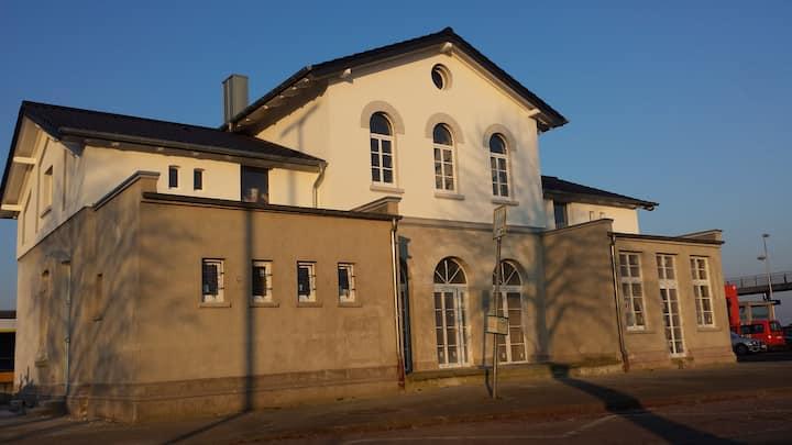 Fachwerk-Wohnung im Bahnhof