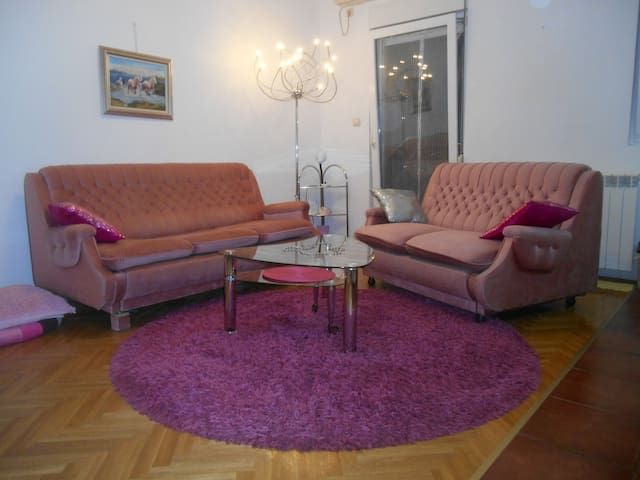 Long Term Apartment * Belgrade * Zemun Calvary