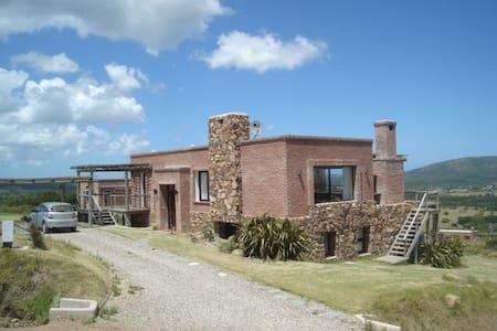 Luxury Villa with incredible Seaviews