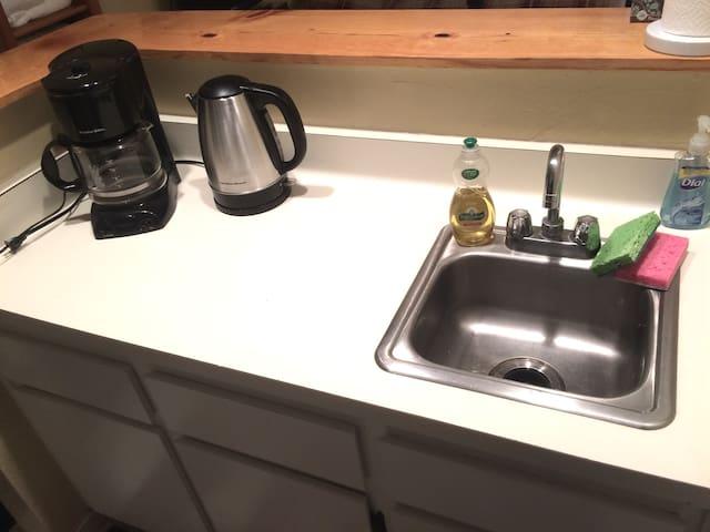 Kitchenette - Sink, Coffee Maker, Hot Water Kettle