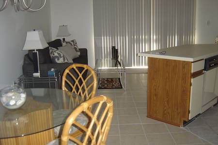 Home Away From Home! - Myrtle Beach - Apartament