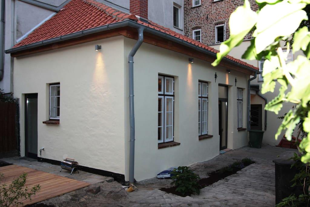 Ferienhaus Lübeck, Einhorn-Gartenhaus