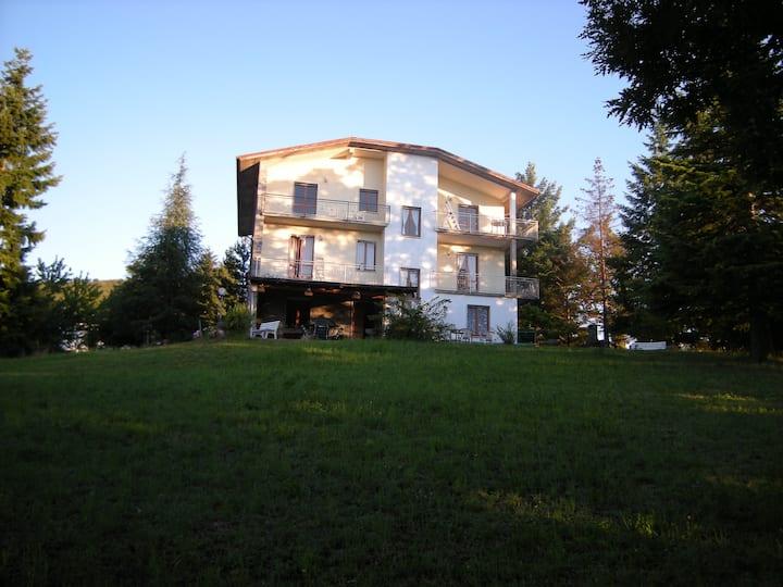 3 Bed Apartment Albareto