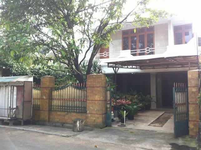 Downtown-Suburb of Southern Jakarta - Djakarta - Rumah