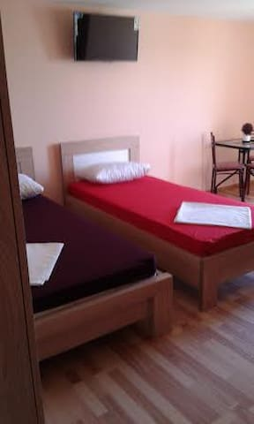 APART-HOTEL 2 MINUTES FROM THE BEACH-4