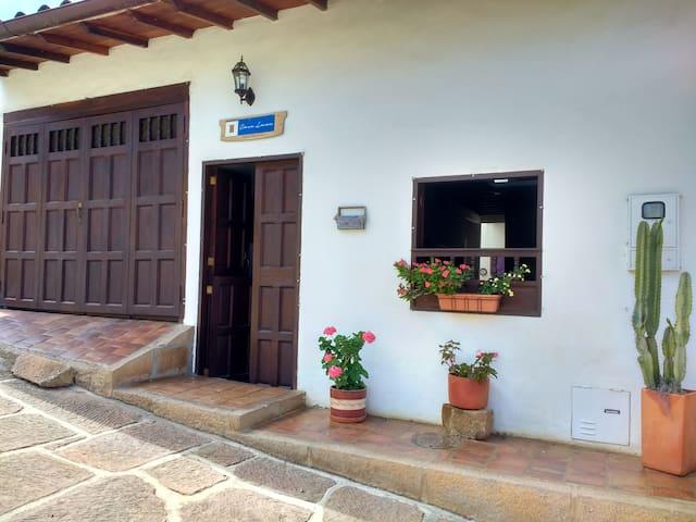 Habitacion 2 personas baño compartido CASA LANU