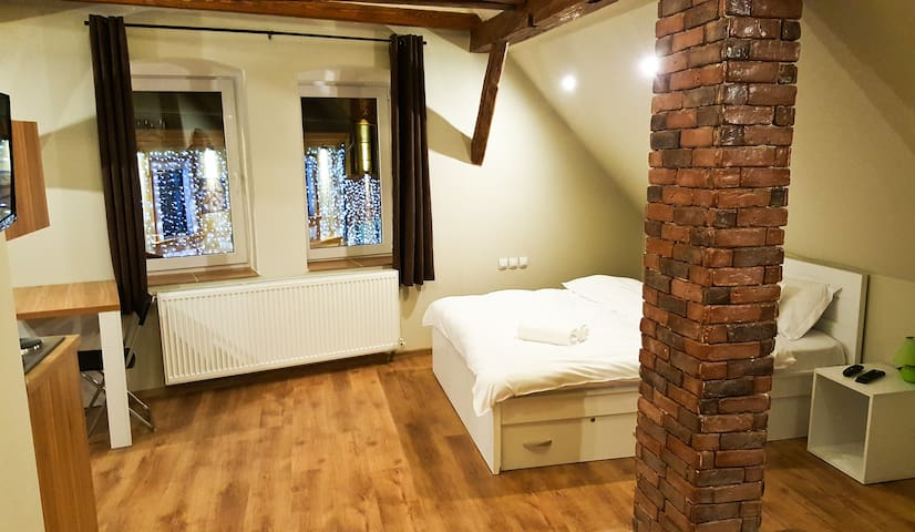 Cozy studio situated in historical city center - Brașov - Appartement