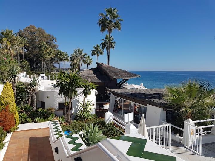 Ferienhaus in Wohnanlage in erster Strandlinie